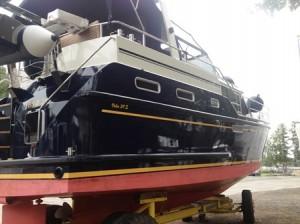 Yacht poliert