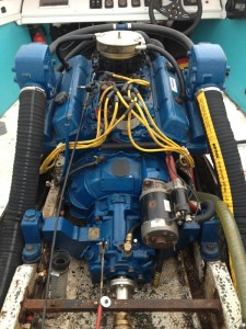 Innenbord-bootsmotor-V8